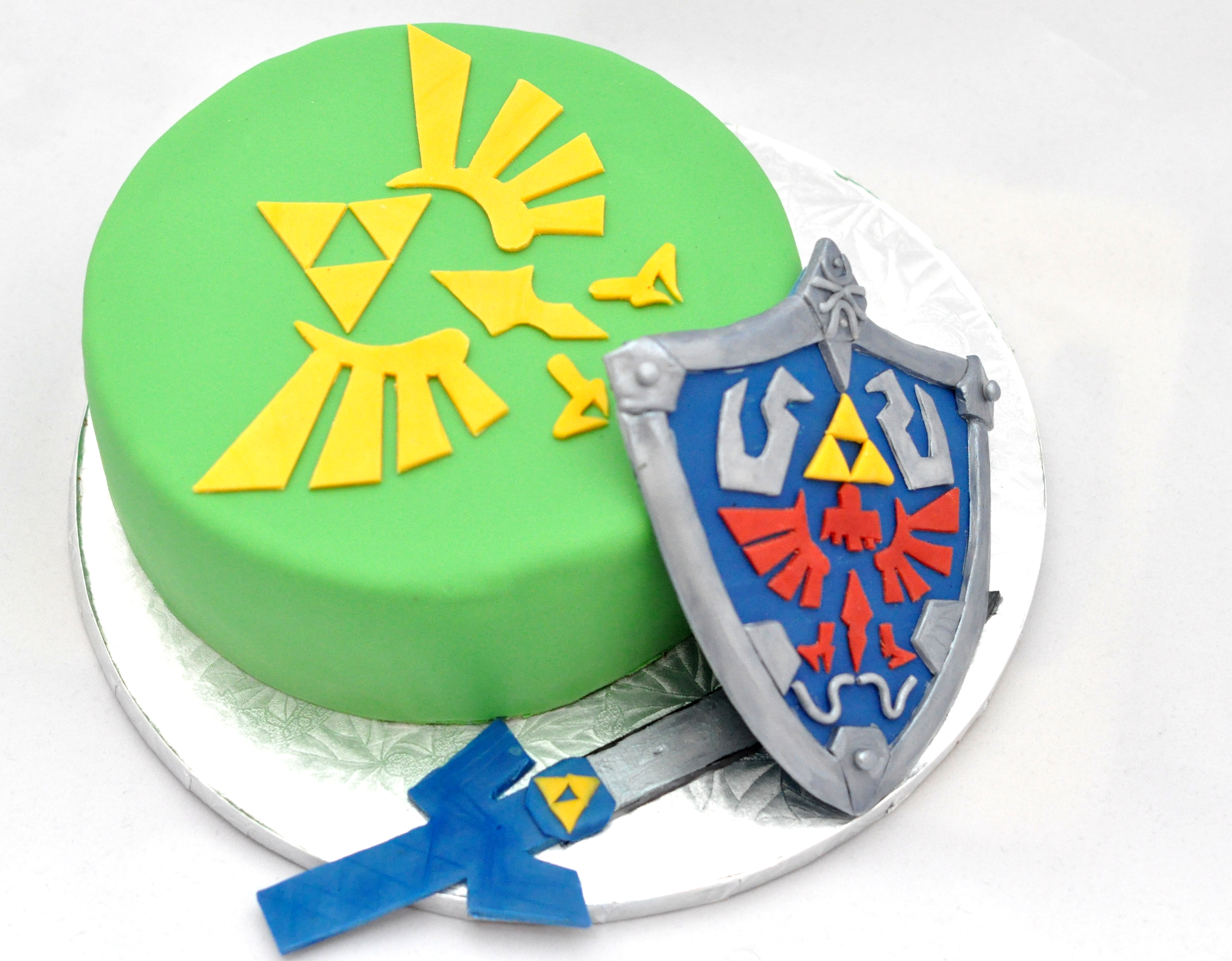 'Legend of Zelda' birthday cake by Bake-o-holic