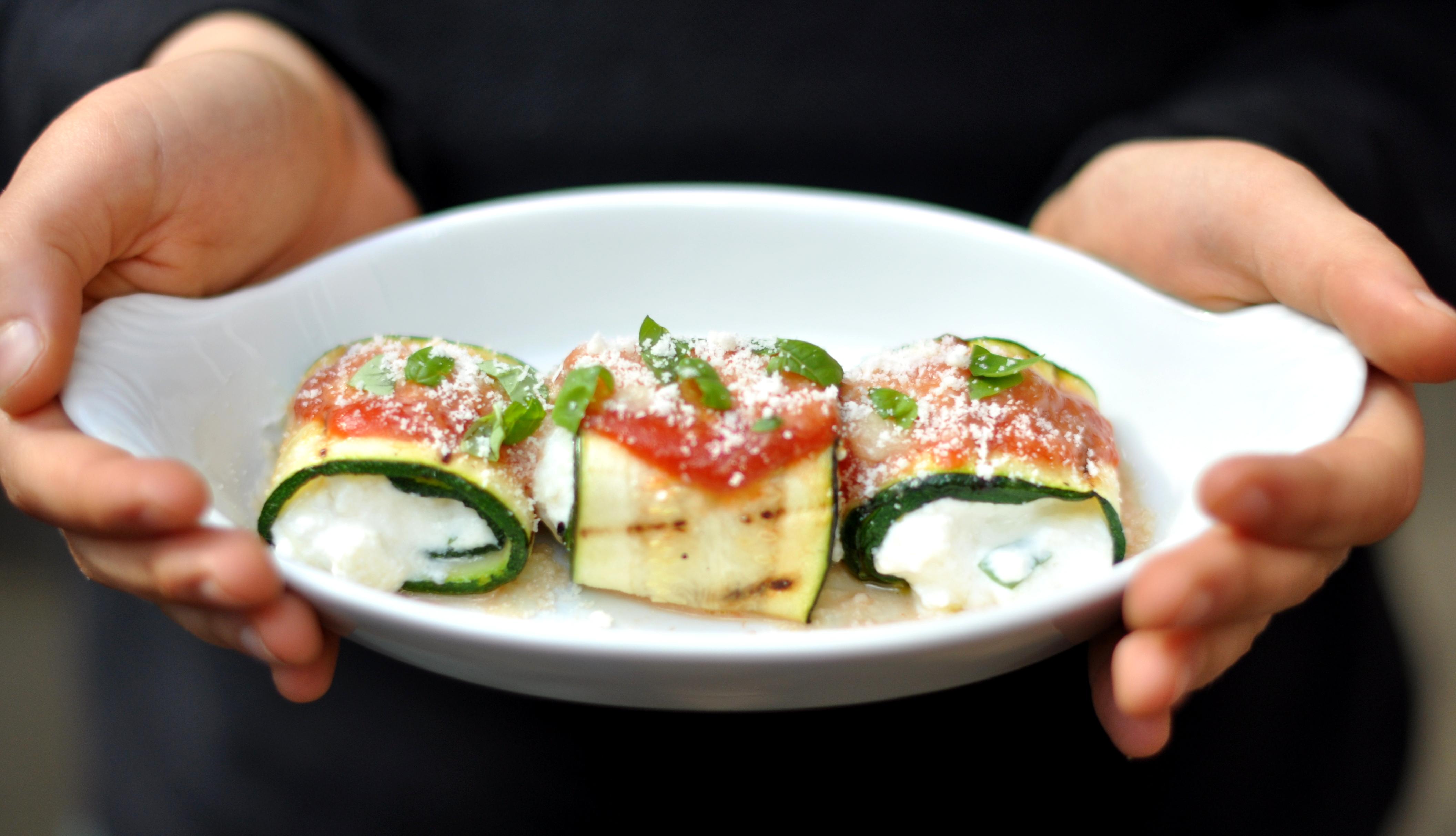 Lasagna zucchini rolls